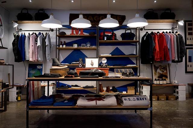 Przykładowe wnętrze sklepu odzieżowego